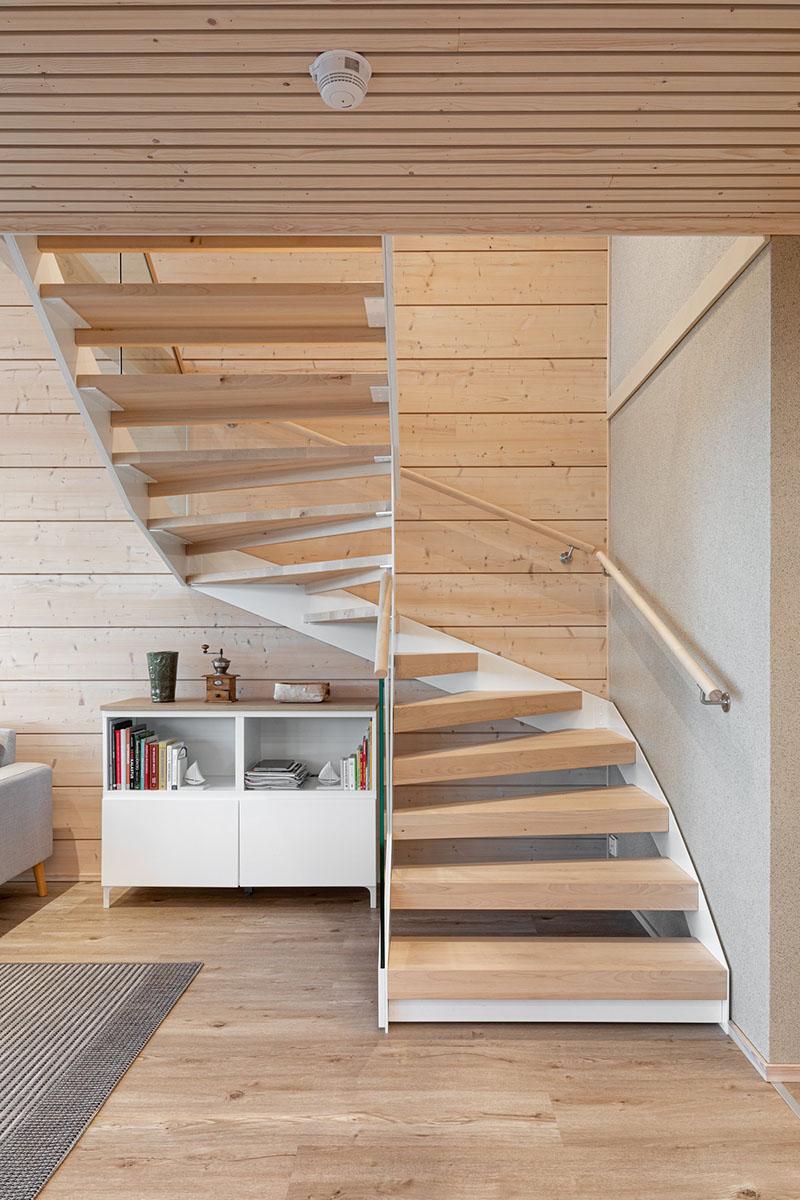 Stairs. Iniö 100.